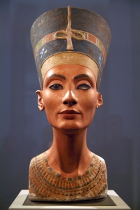 The famous bust of Nefertiti (on display in Berlin) figures in the story.